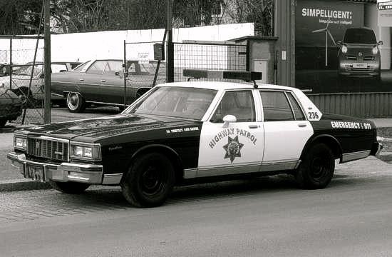 chevrolet_caprice_1978_police_car_schwarz_l