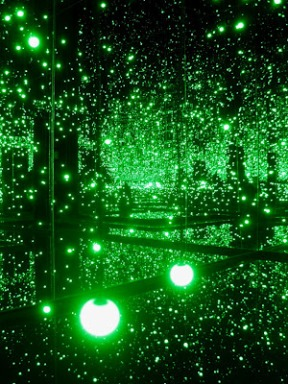 KUsama-Infinity Mirrored Room - Filled with the Brilliance of